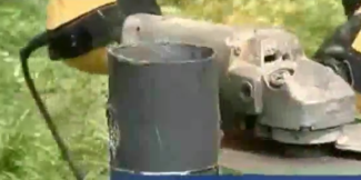 Отпиливаем излишки сваи