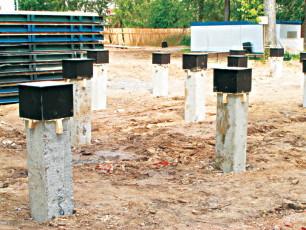 Столбчатое бетонное фундаментное основание