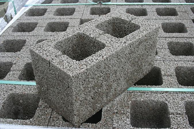 Керамзитобетон и влага купить цемент в мешках в москве