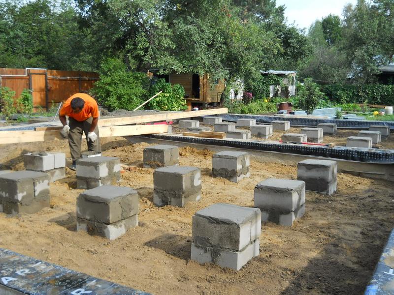 Фундамент и бетонных блоков своими руками
