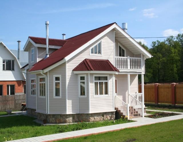 Возведение двухскатной крыши с разными скатами