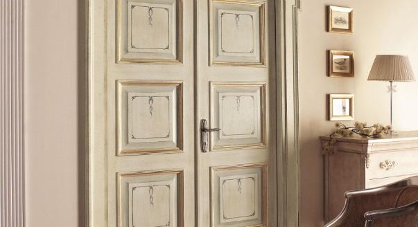 Фленчатая дверь