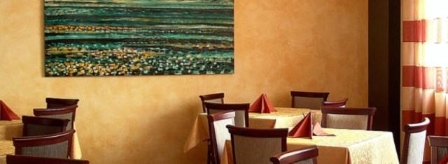 Использование краски для стен с эффектами - новое в декоре