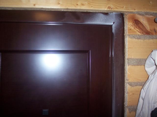 Промерзшая дверь