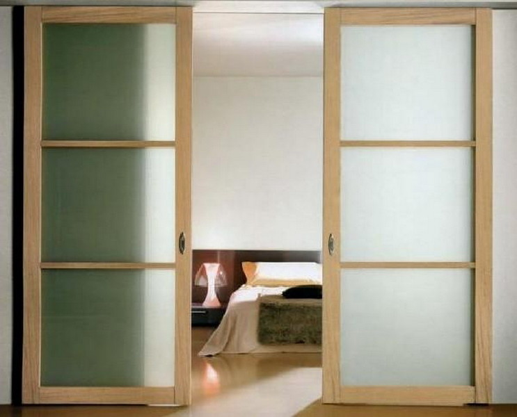 Как сделать раздвижную дверь своими руками