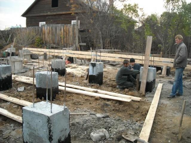 Изготовление столбчатого фундамента