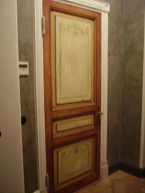 Старые двери - не всегда плохие