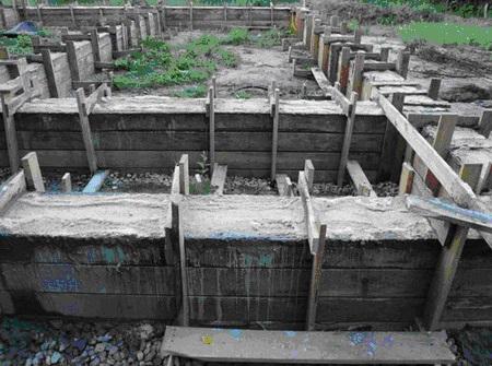 Даем отстояться и застыть раствору бетона