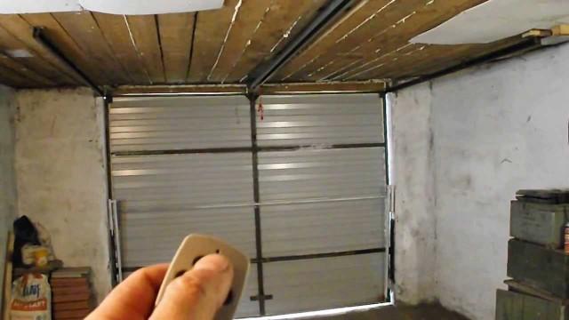 Ворота для гаража подъемные своими руками фото